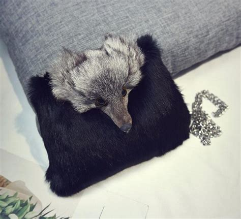 Rabbit Cross Bag m436 the new winter rabbit fur bag chain bag fox