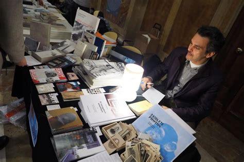 libreria d arte palazzo re enzo diventa una libreria d arte