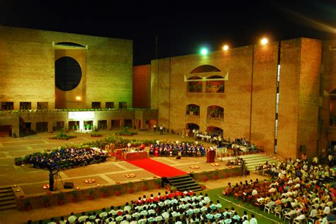 Iim Ahmedabad Executive Mba by 20 Magnificent College Cuses India Entrancezone