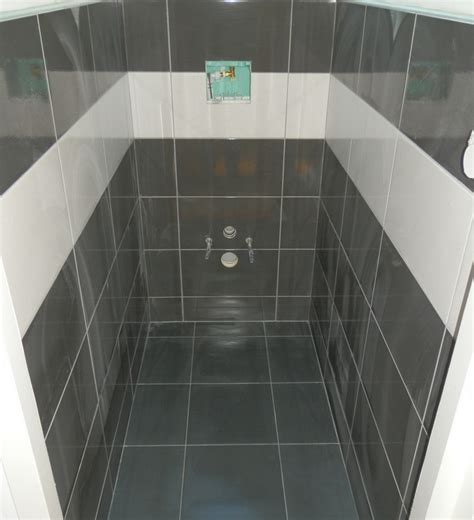 carrelage cuisine noir brillant ordinaire meuble de salle de bain noir brillant 12