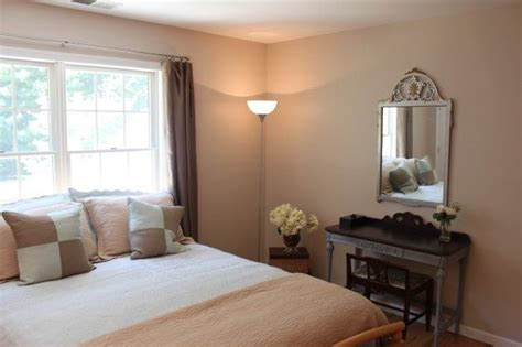 sherwin williams simplify beige and rainwashed staging challenge one day bedroom makeover for