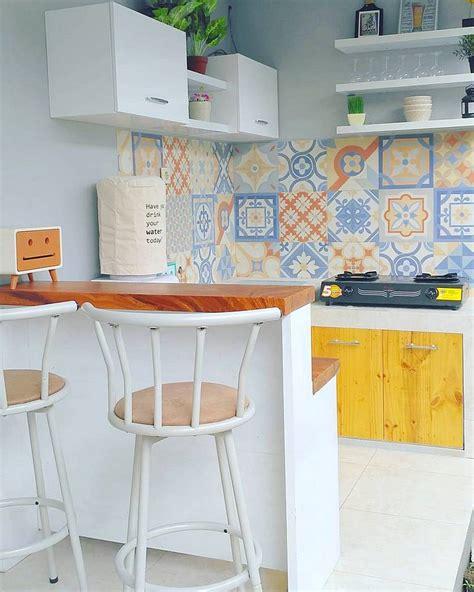 desain dapur minimalis dengan model keramik dinding dapur
