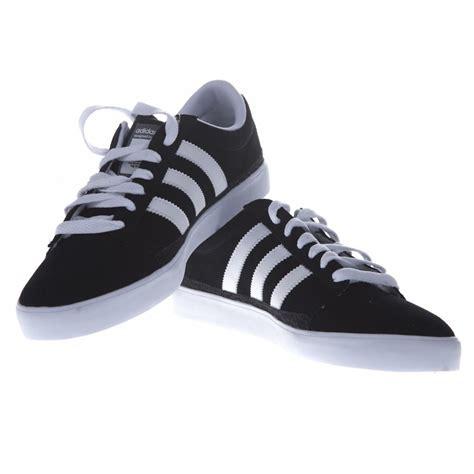 fotos de zapatos adidas originales zapatillas adidas originals rayado bk comprar online