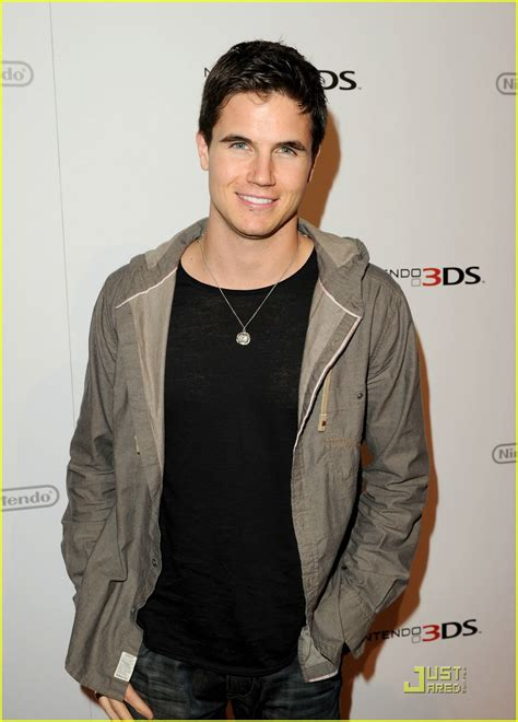 news photos and videos just jared newhairstylesformen2014 com robbie amell news photos and videos just jared new style