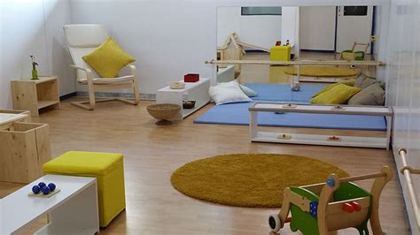 Colour Room 10 simple ideas to steal from these amazing montessori