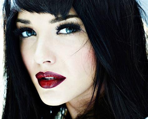 black hair and blue eyes blue eyes black hair white skin wow my hair nail