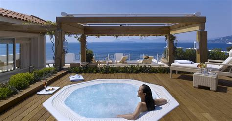 hotel rooms with outdoor tubs hottub deck interior design ideas