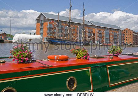 houseboat gloucester gloucester docks houseboats urban renewal