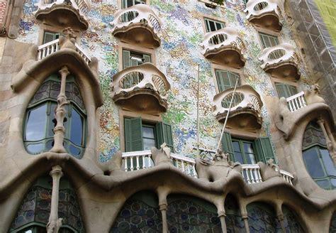 casa batllo barcelona  bag  travel