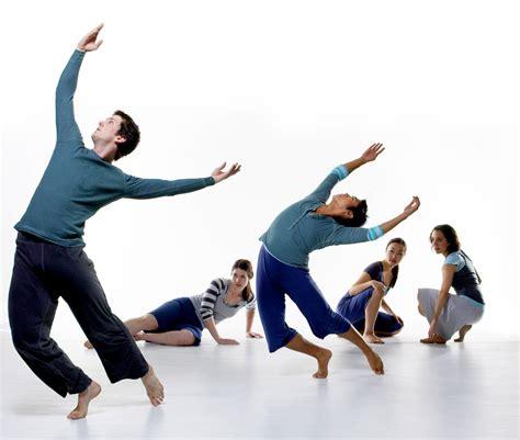 Description Of A Dancer by Choreographer Description Professional Compensation Project Slideshow Analysis
