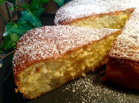 kuchen der schnell geht ein saftiger und wunderbar lockerer apfelkuchen