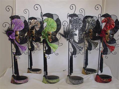 mardi gras mask jewlery stand lafavoritafavorscom