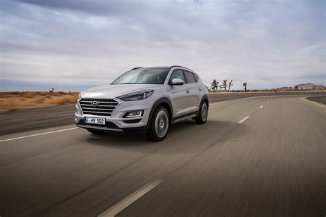 hyundai tucson 2019 facelift 2019 hyundai tucson facelift front three quarters dynamic
