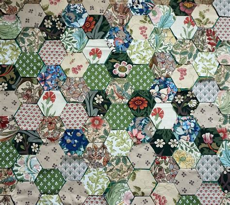 William Morris Patchwork Fabric - liberty william morris collection 120