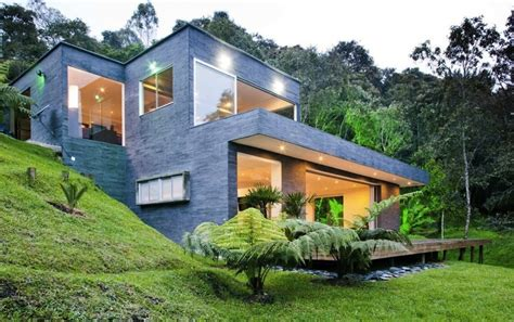 small modern hillside house plans with attractive design