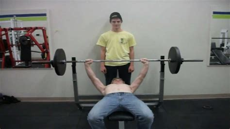 benching 300 pounds 15 year old bench press almost 200 pounds youtube