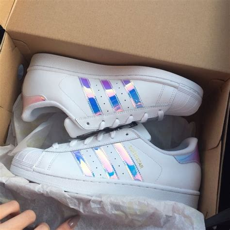 adidas holographic superstar nwt adidas originals sapatos femininos e t 234 nis