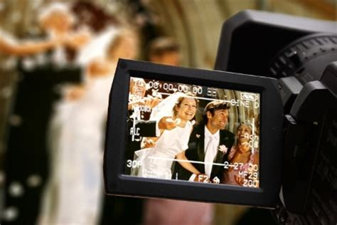 wedding videographer what you need to ask your wedding videographer arabia