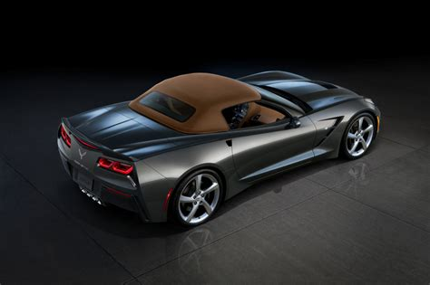 2014 chevrolet corvette stingray everything there is to 2014 chevrolet corvette stingray convertible photo gallery