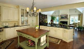 English Country Kitchen Cabinets Southern Living Dining Room English Country Kitchen