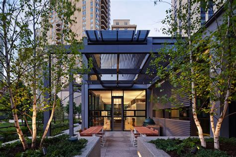 stanley chicago architects stanley tigerman and margaret mccurry retiring