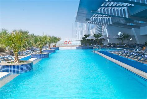 chelsea appartments chelsea tower serviced apartments dubai luxury apartments