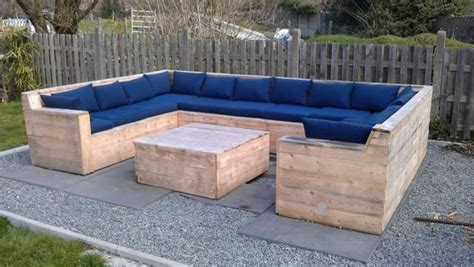 benches made from pallets 24 diy plans to build a bench from pallets guide patterns