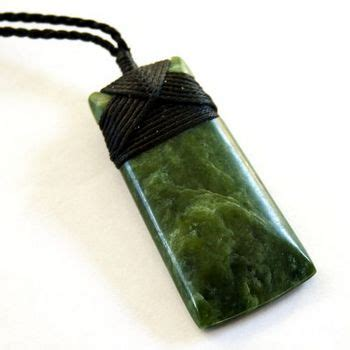 kahurangi pounamu greenstone hei toki pendant