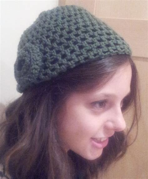 how to make a simple crochet hat free pattern