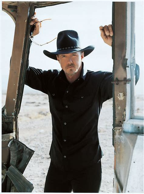 swing trace adkins download trace adkins cowboy s back in town 2010 mp3