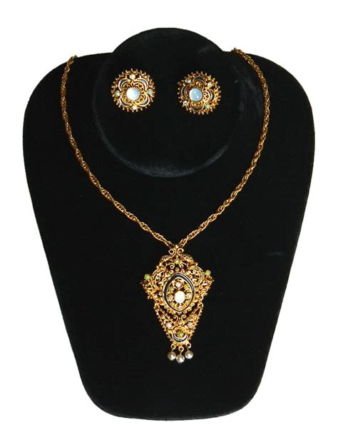 Florenza Set florenza necklace and earring set