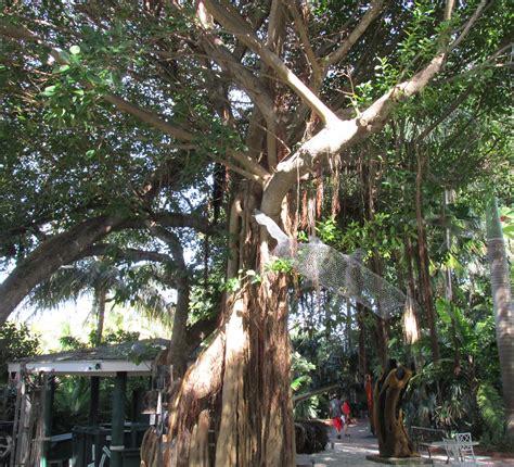Garden And Gun Key West The Ghosts Of West Martello Tower Bashfuladventurer