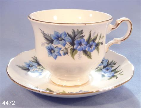 Floral Pattern Bone China Tea Cup And Saucer blue flowers vintage bone china tea cup and saucer pattern 8565 collectable china