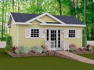Grandma Backyard House Good Or Bad Idea Backyard Granny Pods Story