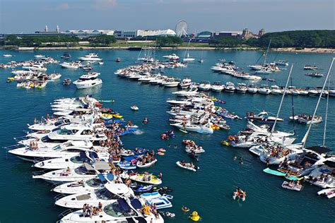 party boat rental chicago chicago scene boat party charter boats available