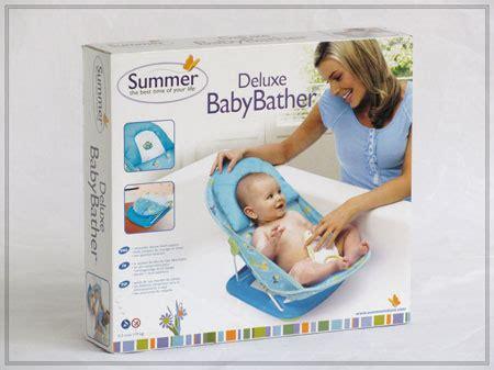 Bedak Bayi Cussons perlengkapan mandi d u n i a b a y i