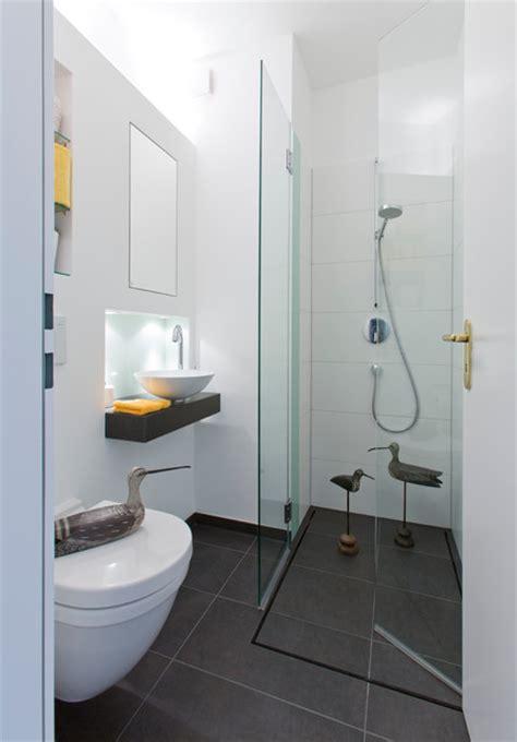 toilette mit dusche ideen f 252 r kleine b 228 der g 228 ste wc mit dusche