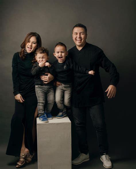 Baju Family Go Out C 12 foto keluarga seleb yang jadi inspirasi foto keluarga kecilmu