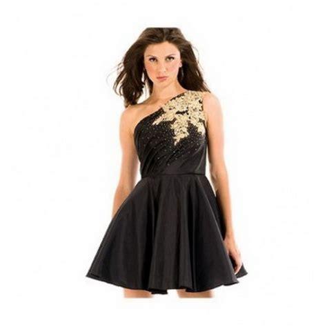 vestidos cortos con vuelo vestidos cortos con vuelo