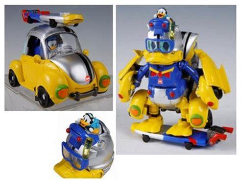 Donald Transformer Takara donald duck transformer color version
