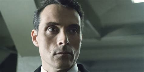 rufus sewell dirty weekend the man in the high castle rufus sewell tells