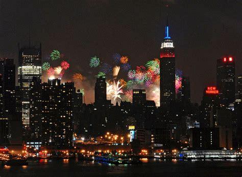 Garden City Ny Fireworks Fireworks Nyc 4th July 4 Juillet Feu D Artifice New York