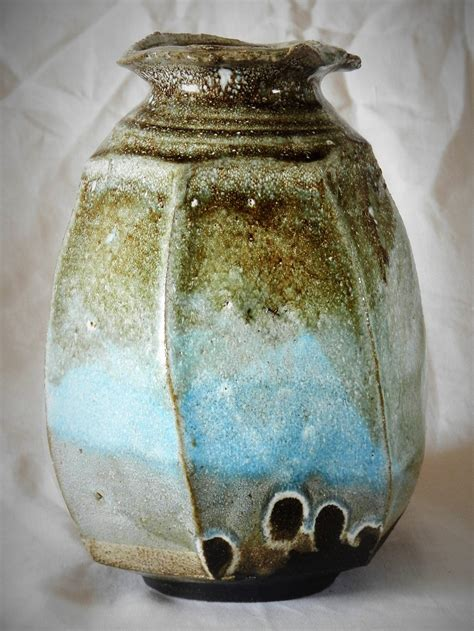 vaso in terracotta vaso in terracotta intagliato via lattea vasi e