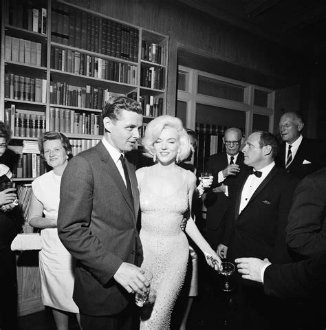 john f kennedy biography ap 2005 by steve kaufman st a47 8 62 steve smith with marilyn monroe at private
