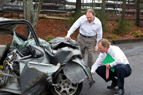 Auto Accident Personal Injury Claim by What You Need To Know About Whiplash Personal Injury