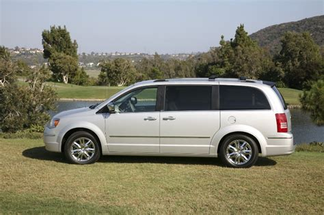 town n country chrysler 2008 chrysler town country image