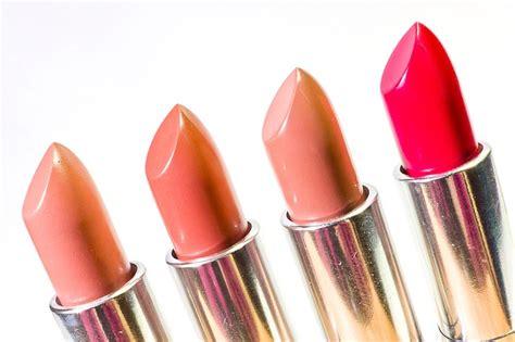 tutorial bibir dan lipstik cara memakai lipstik sesuai warna kulit dan bentuk bibir