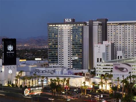 las vegas luxury hotels resorts page 11 20 places to watch football in las vegas