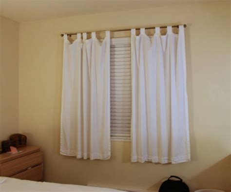 Short Bedroom Curtains | short curtains in bedroom homeminimaliscom and pictures