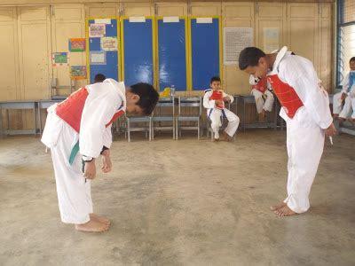 Cermin Untuk Latihan taekwondo kuantan evo centre kelas taekwondo